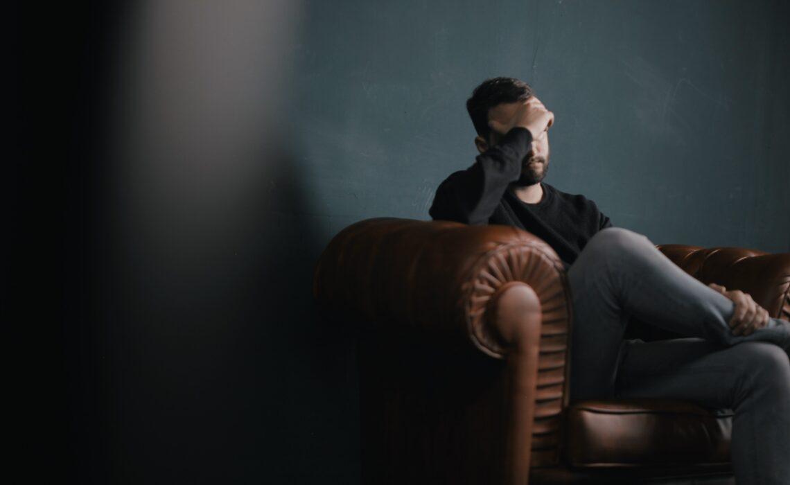 Dampak Penggunaan Digital Berlebihan Terhadap Psikologi Seseorang